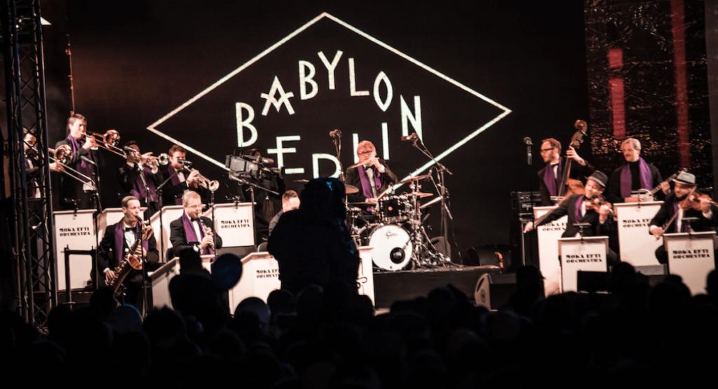 1heit-das-konzert_babylon-berlin-moka-efti-orchestra-berlin_(c)_buero-doering_Jim-Kroft_02