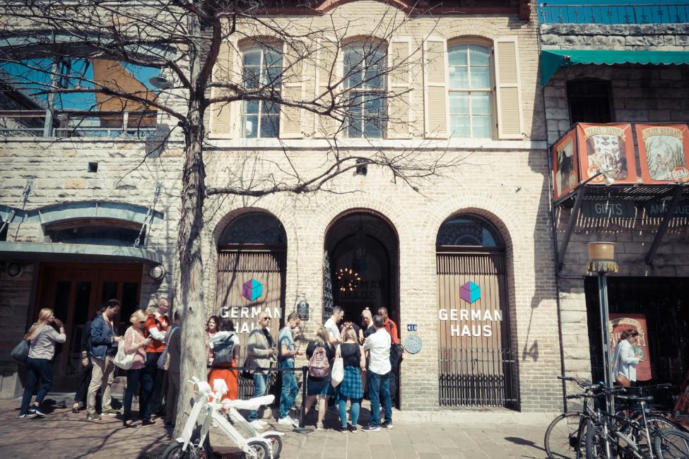 German-Haus-SXSW-2019_Graeber-House_(c)_Hitesh Mulani_Initiative Musik_01